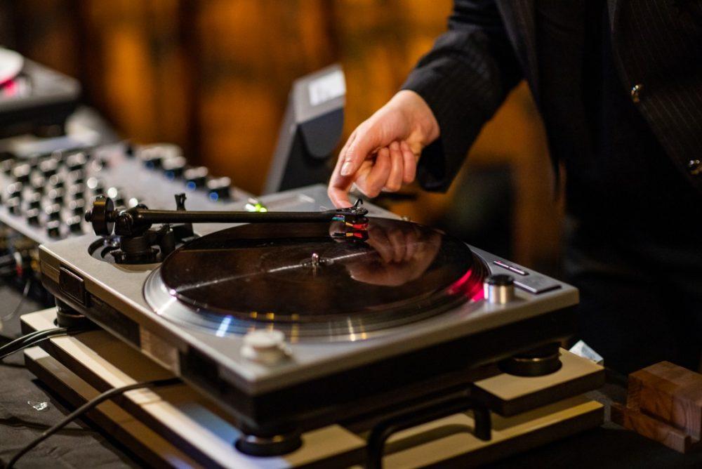 33 oldham street listening bar in manchester
