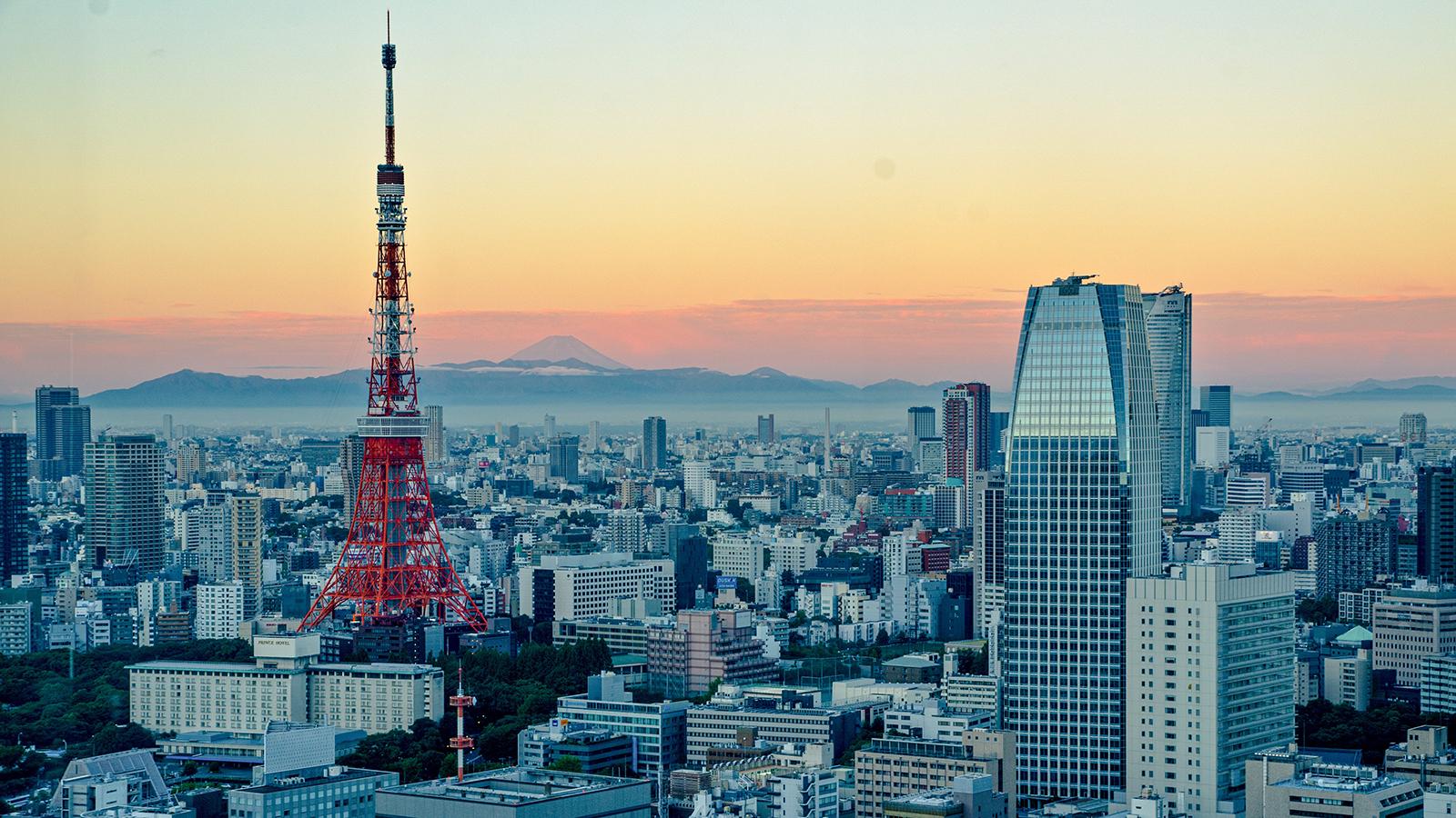 tokyo japan skyline tower