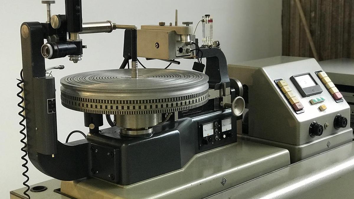 american vinyl co lathe machine