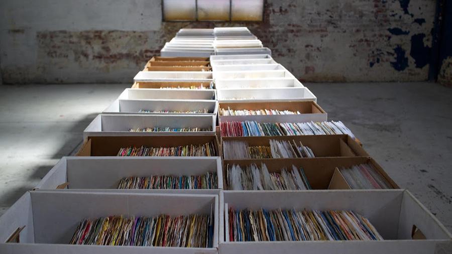 plug seven records crates