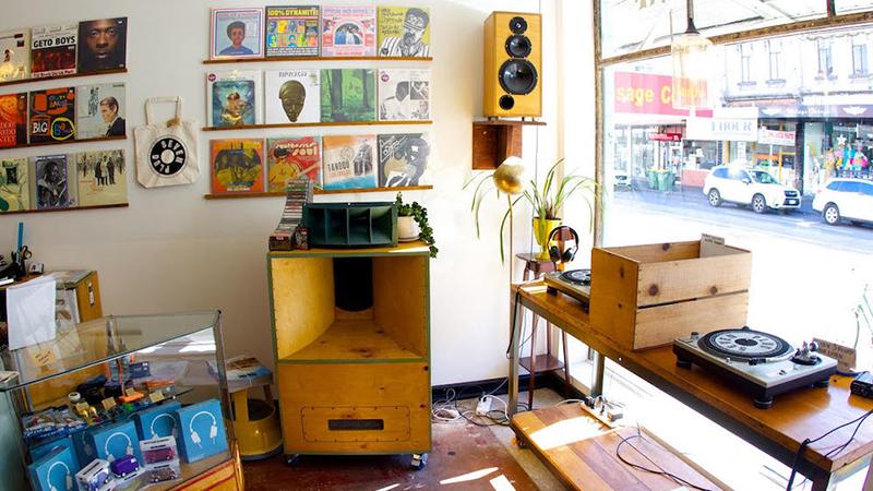 plug seven records shop turntable