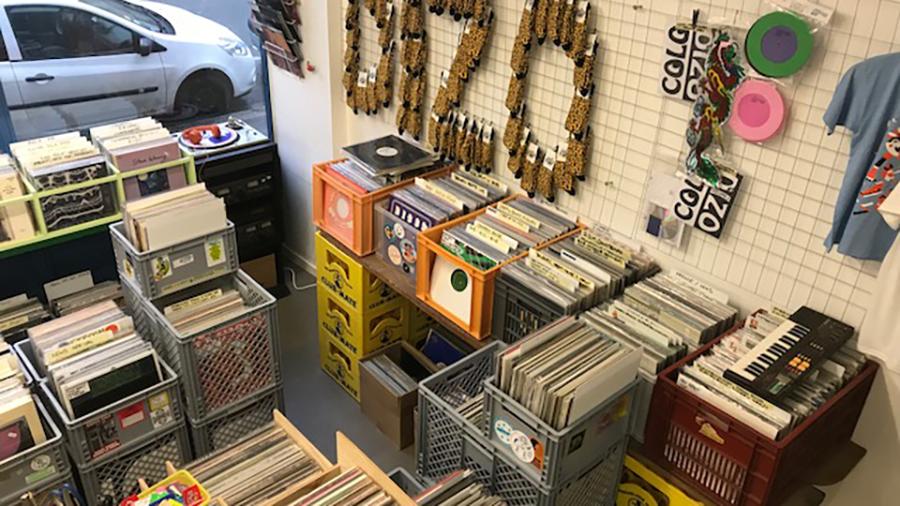 dizonord record store interior