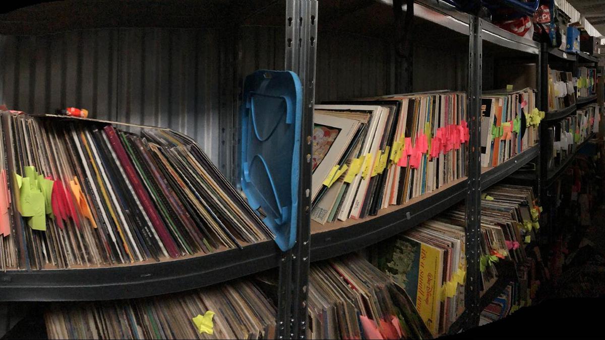 vinyl street shelves