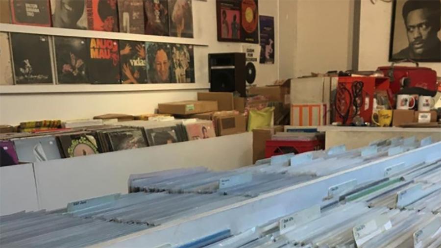 cosmos records toronto ontario canada record store