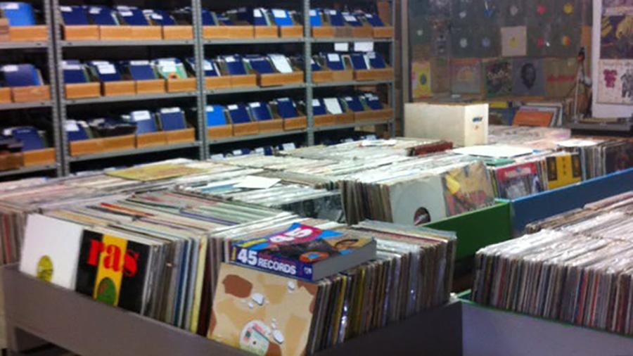 henrys records toronto ontario canada record store
